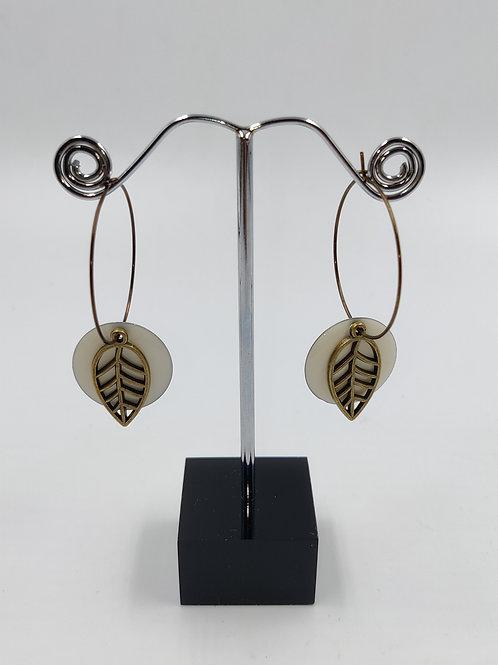 By Cilou : créoles bronze et blanc cassé