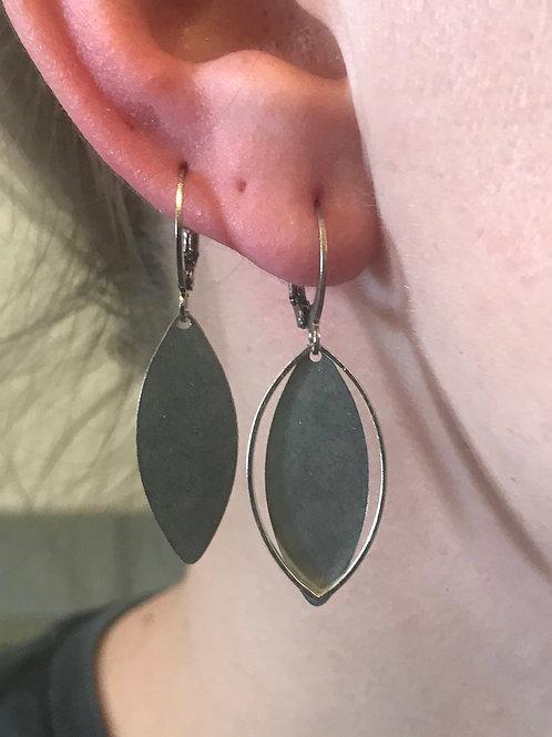 Boucles d'oreilles argentées La paire