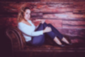 Een stoere foto gemaakt tijdens een glamour fotoshoot door bekende fotograaf Nikki Hoff. Nikki heeft de meest moderne fotostudio in de regio en is één van de bekende Nederlandse fotografen. Bij Nikki is zelfs de fotoshoot op zondag te boeken!