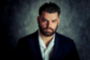 Achmed El Jennouni bekend van Mocro Maffia heeft zijn portfolio fotoshoot gedaan bij fotostudio Studio86 te Alphen aan den Rijn. Deze gebruikt hij om zich in te schrijven bij een castingbureau.  Close up of a male actor. Photo used for casting.