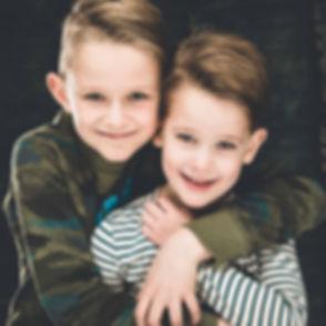 Wil jij een mooie portretfoto laten maken van jouw kinderen? Nikki Hoff, bekende fotograaf in Zuid Holland is kinderfotograaf en helpt jou hier graag bij.