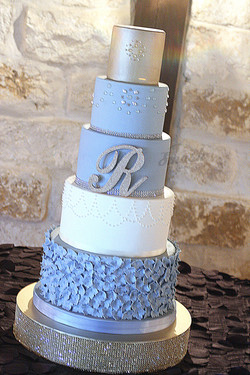 ritterweddingcake copy