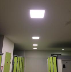 Panneau Led étanche salle de sport à Montauban