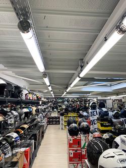 MAXXESS Toulouse éclairage industriel magasin