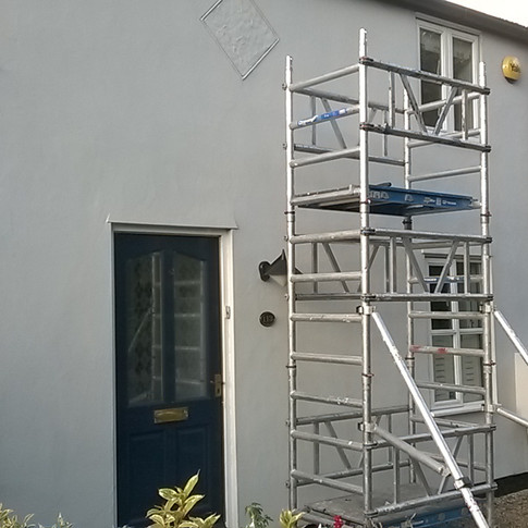 Exterior painters in Royston SG8 SG9 Hertfordshire by www.oaktreeltd.co