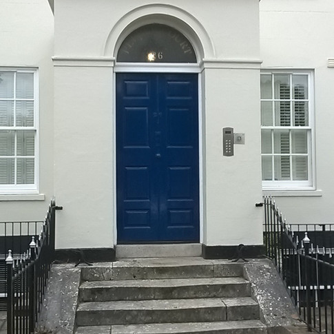 exterior front door painters and decorators by www.oaktreeltd.co