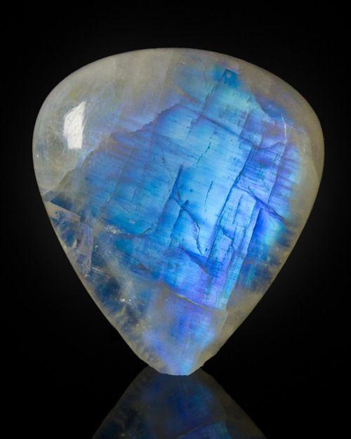 лунный камень свойства лунного камня адуляра