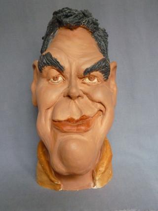 Georges Clooney  33X16   380€