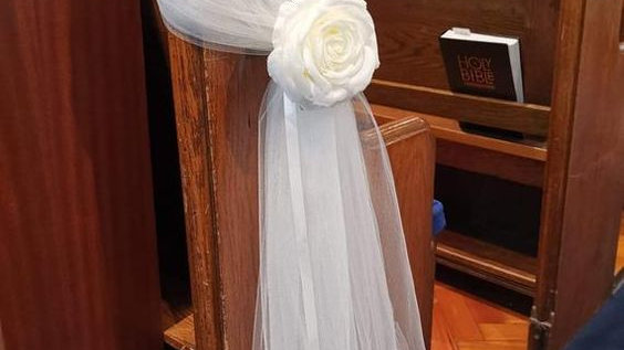 Ivory Wedding Pew Bows~ Church pew Decorations