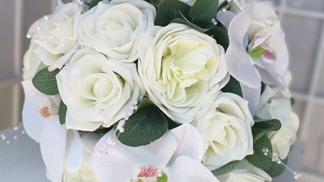 Ivory Roses  | Fake Bouquet of flowers | Wedding Flowers