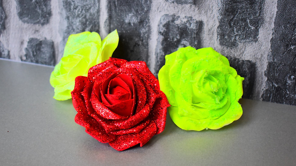 Grinch inspired Christmas Tree Clip on Roses