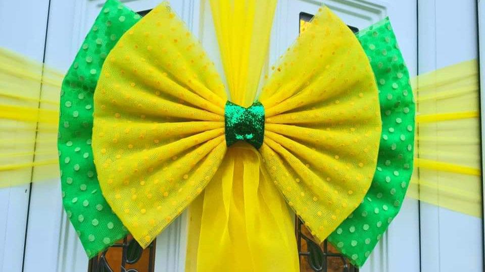 Spring st Patrick  Door Bow ..Dress your door .. Giant Door Bow