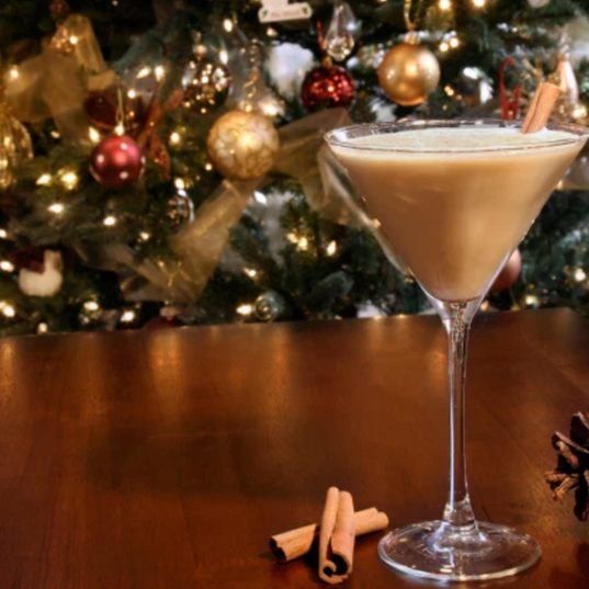 5 Christmas cocktails you can make at home