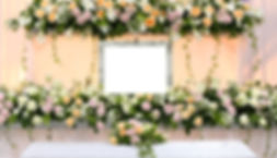 仏教葬儀の花祭壇