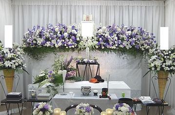 デルフィニウムの花祭壇