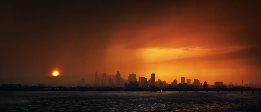 Intense averse sur Montréal au coucher de soleil
