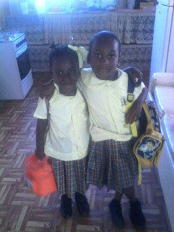 Kernisha and Keianna off to school