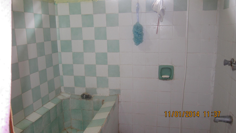 single bath/tub