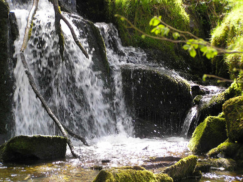 Fachwen waterfall