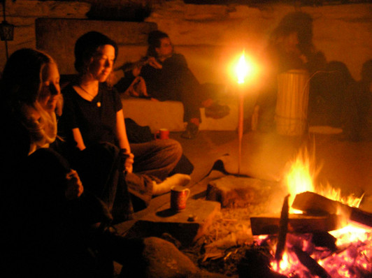 An evening around the Roundhouse fire