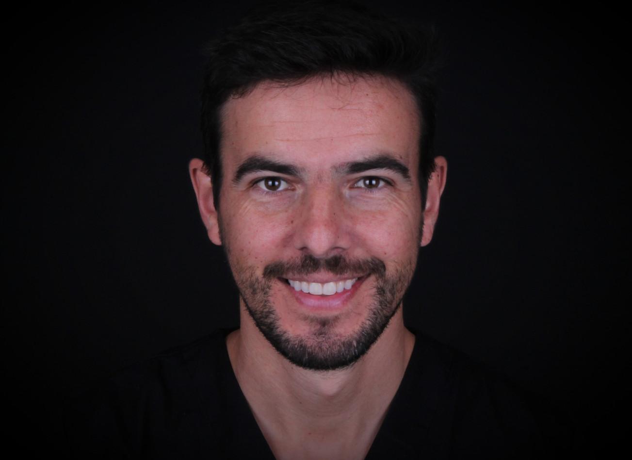 Dr. Mário André Silva