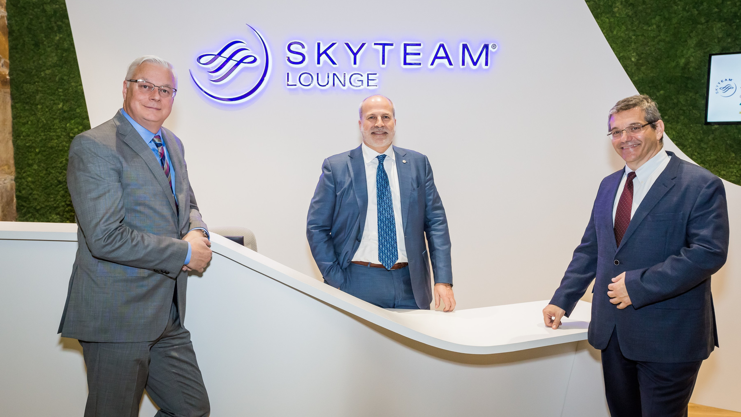 Craig Richmond, Perry Cantarutti, Jeffrey Stern at the SkyTeam  Lounge Reception, Vancouver