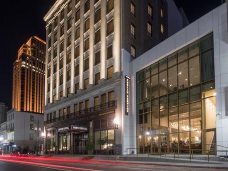La antigua sede de New Orleans Public Service Inc., la compañía de energía y transporte, se revela c