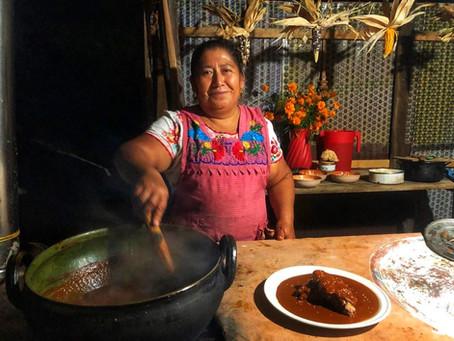 Festeja a mamá este 10 de mayo con la cocina tradicional de Oaxaca