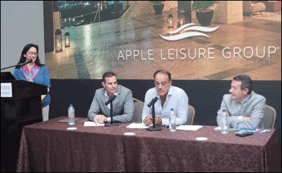 Yarla Covarrubias, Directora Comercial México de AMResorts; John Hutchinson, Presidente de Apple Leisure Group; Alex Zozaya, CEO de Apple Leisure Group; Gonzalo del Peón, Presidente de AMResorts