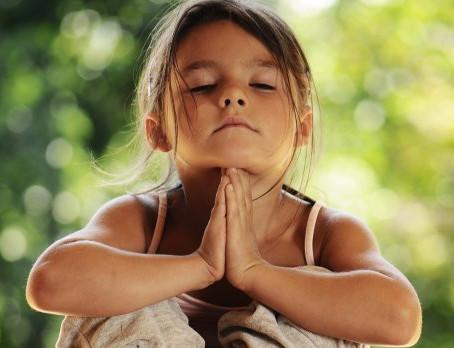 Praticando Mindfulness com os filhos e alunos!