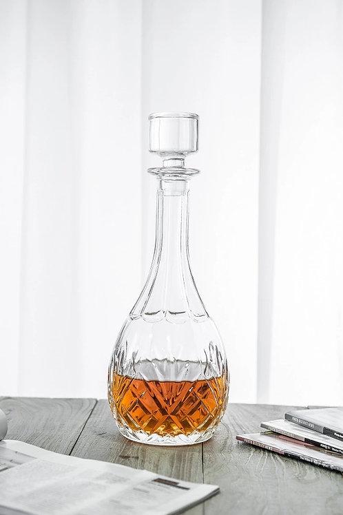 10135-850ML Whiskey bottle