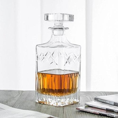 10114-750ML Whiskey bottle