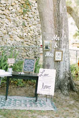 Guestbook, wedding guest sign in station