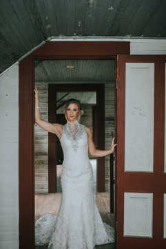 bridal portraits door frame wedding pictures
