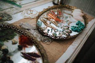 gold mirror trays