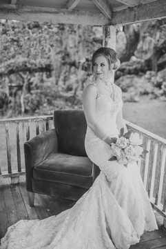 bridal portrats porch