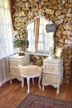 Bridal Vanity in Bridal Suite