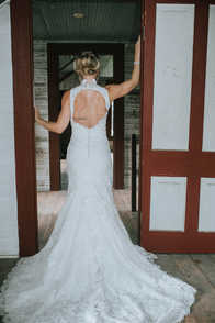 door frame wedding pictures