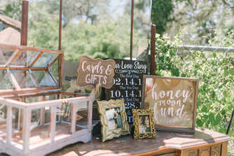 Card and honeymoon fund entry way table