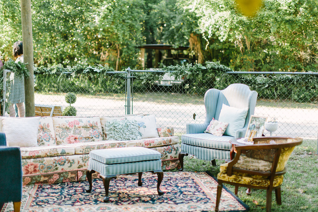 Fabulous Couches And Chairs For Wedding Venue Reception Ceremony Machost Co Dining Chair Design Ideas Machostcouk