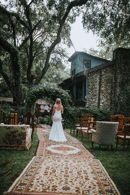 rug runner for wedding