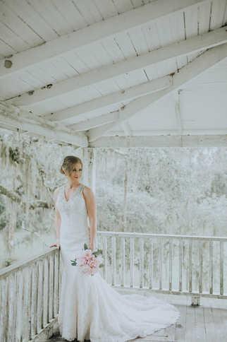 wrap around porch wedding pictures