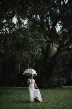 clear umbrella wedding pictures