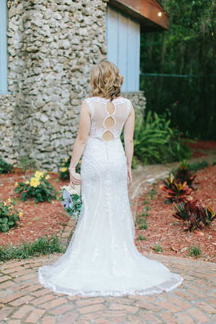 bridal portraits, open back wedding dress, key hole wedding dress