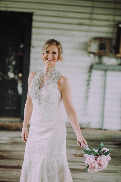 walkway bridal portraits