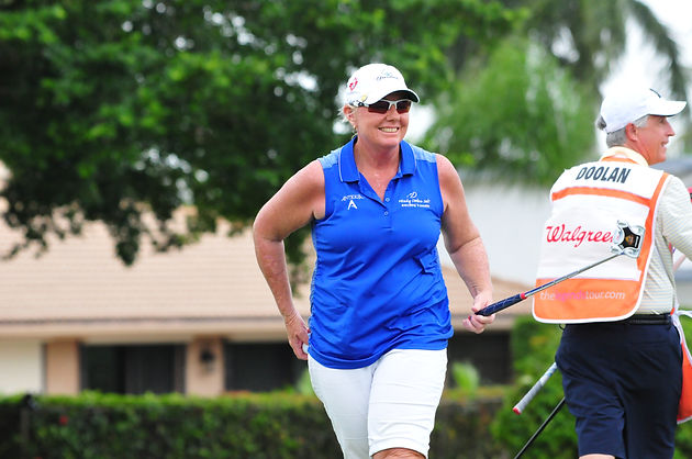 Wendy Doolan takes lead at Walgreens Charity Championship | legends