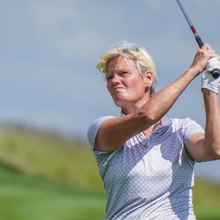 England's Trish Johnson holds one shot lead at Senior LPGA Championship