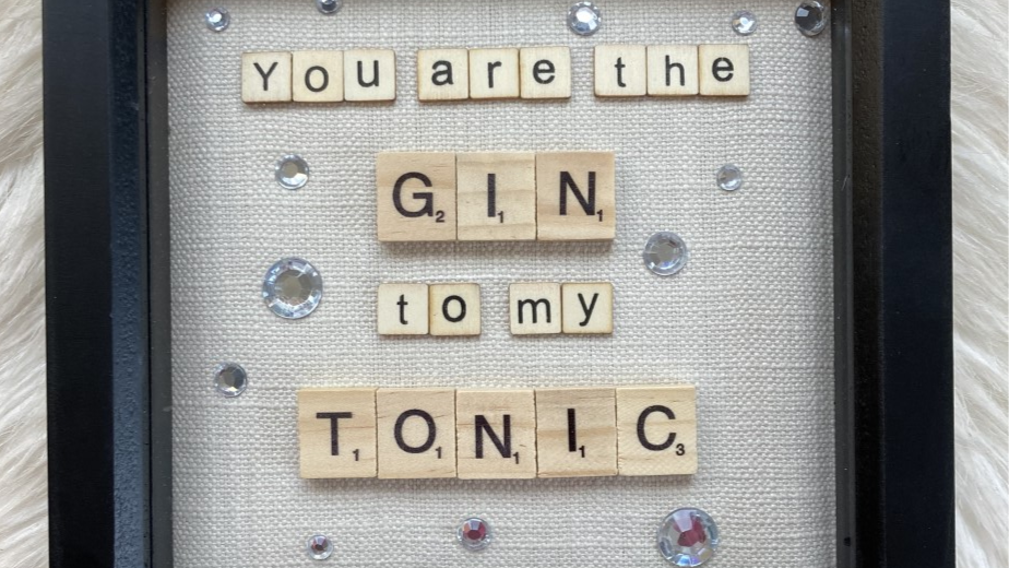 Gin and Tonic, 19cm sq