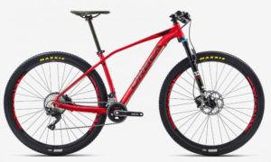 mountainbike der marke Orbea Alma