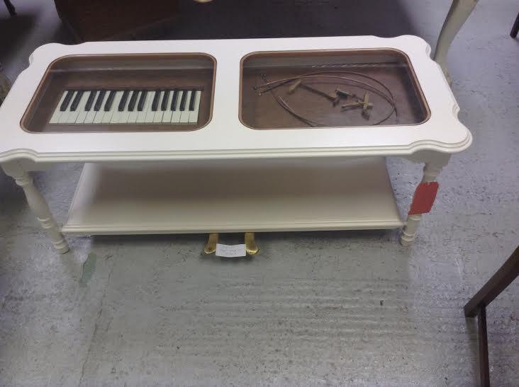 piano coffe table.jpg
